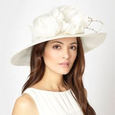 Ladies Day Fascinators | Hats For The Races | Ladies Race Days Hats and Fascinators