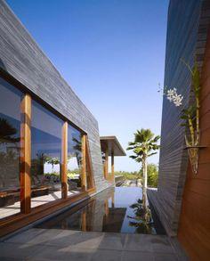 Residencia Kona, inspirada en la tradición hawaiana. #VilleroyBoch #VilleroyBoches #hometour #casas #espacios #blog #1748 #dejateseducir #diseño #estilo #elegancia #inspiración