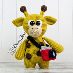 Kenny the Little Giraffe Little Explorer por oneandtwocompany
