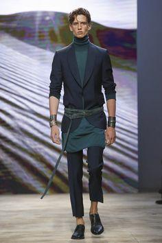Daks Fashion Show Menswear Collection Spring Summer 2017 in Milan