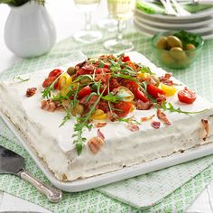 Discover our quick and easy recipe for Gingerbread with Companion on Current Cuisine! Sandwich Cake, Sandwiches, Brunch Party, Antipasto, Cake Pans, Quick Easy Meals, Tapas, Gingerbread, Appetizers