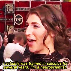 When Mayim Bialik straight up put this reporter in his place: | 10 Times Reporters Asked Female Celebrities The Wrong Damn Question