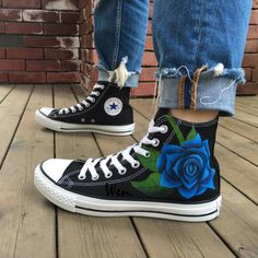 Blue Rose Converse All Star Hand Painted High Top Black Canvas Shoes Hand painted shoes are special because its uniqueness They are not only wearable shoes but also art work They represent your personality and your special style It is a statement Converse All Star, Mode Converse, Black Converse Shoes, Black Shoes, Converse Sneakers, High Top Converse, Canvas Sneakers, Prom Shoes, Women's Shoes