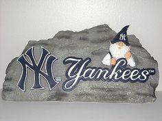 MLB New York Yankees Gnome Garden Stone www.mancavesonline.com