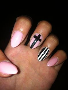 Claw nails done by Pageant Nails Hilo, Hi