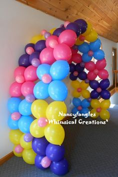 "link-o-loon double flower arch by: Nancyfangles ""Whimsical Creations"" Balloon Stands, Balloon Display, Balloon Backdrop, Balloon Centerpieces, Balloon Columns, Balloon Garland, Balloon Decorations, Balloons, Balloon Ideas"