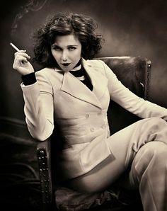 Maggie Gyllenhaal...love
