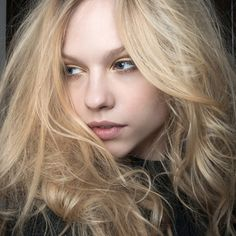 How to Detangle Your Hair Without Damaging It