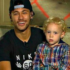 Neymar jr et son fils Brazilian Soccer Players, Good Soccer Players, Football Players, Neymar Jr, Lionel Messi, Neymar Family, Barca Team, Hulk, Fc Barcelona Neymar