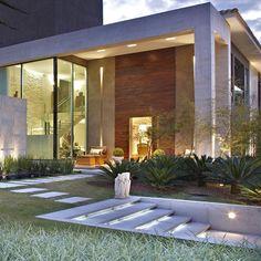 Paisagismo e arquitetura em sintonia! Boa noite a todos! . #cppaisagismo…