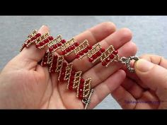 Beaded Jewelry Patterns, Beading Patterns, Bead Loom Designs, Bangles, Beaded Bracelets, Beading Tutorials, Loom Beading, Gold Rings, Projects To Try