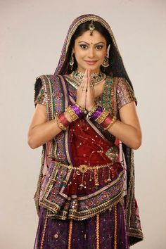 Toral Rasputra Biography and Wallpapers