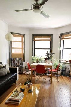 simple, unfussy, and modern style. Other photos in post are great to look at too.
