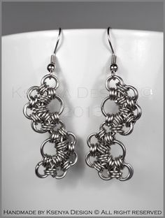 Caterpillar - unique chainmaille earrings. #jewelry #ksenyajewelry #earrings #chainmaille #wirejewelry