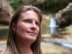 Elizabeth Chats with Elizabeth M Hurst - Elizabeth Ducie: Author