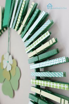 Easy clothespin St. Patrick's Day Wreath