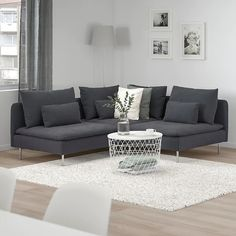 SÖDERHAMN Samsta dark grey, Corner sofa, If you like the way it looks you have to try it! The deep seats, moveable back cushions and suspension fabric make this seating very comfortable. Living Pequeños, Living Room Grey, Comfy Sofa, Comfortable Sofa, Söderhamn Sofa, Ikea Family, Bed Slats, Sit Back And Relax, Corner Sofa