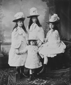 AC The Princesses Marie, Victoria Melita, Alexandra, and Beatrice of Edinburgh, 1888 [in Portraits of Royal Children Vol.36 1887-1888]