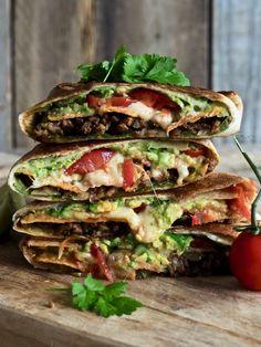 Knasende gode tex-mex wraps (crunch wraps) Mexican Food Recipes, Healthy Recipes, Ethnic Recipes, Crunch Wrap, Jambalaya, Snacks, Wrap Recipes, Crunches, Tex Mex