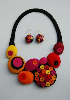 felt necklace & matching hand painted earrings