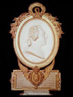 Portrait medallion of Louis XV 1748 Jean-Baptist Lemoyne