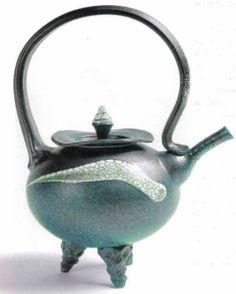 M.Wein  3 leged stoneware teapot. Tippy Toes