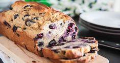 Blueberry-Banana Bread – Delicious recipes to cook with family and friends. Blueberry Banana Bread, Banana Bread Recipes, Diabetic Desserts, Healthy Desserts, Healthy Breads, Dessert Recipes, Healthy Recipes, Weight Watchers Meals, Sweet Bread