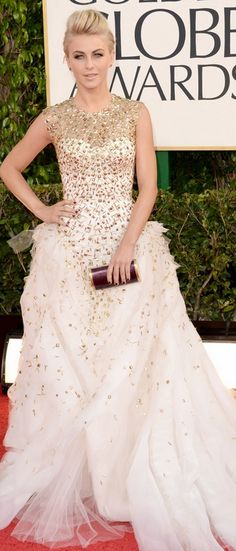 Who made  Julianne Hough's gold gown, purple clutch handbag, jewelry, and shoes that she wore to the 2013 Golden Globes in Beverly Hills?