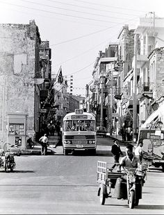 Heraklion, Crete Island, Simple Photo, Old Maps, Athens Greece, Public Transport, Old Pictures, Vintage Photos, Istanbul