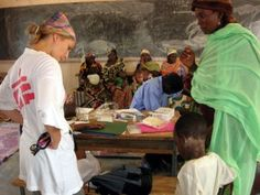 Grognards: Ebola. Dimesso il medico curato con lo Zmapp. Inta...