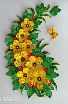 Quilling Flowers Tutorial, Paper Quilling Flowers, Paper Flower Art, Quilling Work, Paper Quilling Patterns, Quilling Paper Craft, Origami Flowers, Quilling Ideas, Autumn Leaves Craft