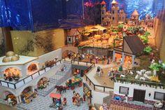 Un Belén de Playmobil único en España en la Librería Lucy de Alcalá de Henares - Dream! Alcalá Times Square, Medieval, Villa, Africa, Mansions, House Styles, Travel, Crafts, Vintage