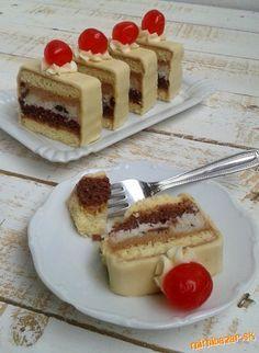 JAMAJKA REZY s domácou marcipánovou hmotou ***** - luxusný zákusok z čias… Sponge Cake, Desert Recipes, Tiramisu, Sweet Recipes, Waffles, Nom Nom, Cheesecake, Food And Drink, Sweets