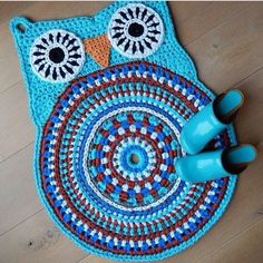 OWL RUG 'turquoise' by ATERGcrochet (ready to ship) Crochet Owls, Crochet Home, Crochet Animals, Crochet Yarn, Crochet Patterns, Yarn Projects, Crochet Projects, Owl Rug, Owl Parties