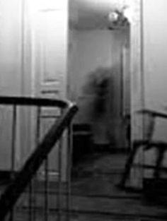 Jill expected to find cobwebs in the old barn, but when she opened the door Kindergarten Writing Prompts, Writing Prompts For Writers, Picture Writing Prompts, Ghost Pictures, Creepy Pictures, Ghost Pics, Spirit Ghost, Glitch In The Matrix, Ghost In The Machine