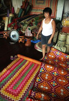 """These are """"banig"""" (mats) handwoven by the people of Basey, Samar, Philippines. Great for native wall decor or simply as floormat. Filipino Interior Design, Asian Interior, Philippine Houses, Philippine Art, Filipino Art, Filipino Culture, Room Paint Colors, Paint Colors For Living Room, Chen"""