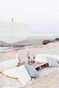 create your own beach oasis / inspired by the luxury of #LincolnBlackLabel