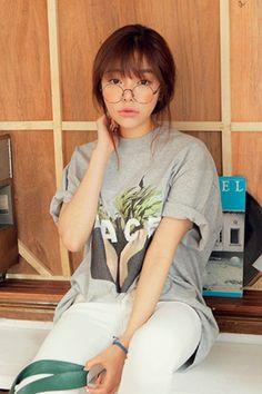 ナチュカジ系ビックTシャツ!! ナチュラルなプリントとルーズなデザインがポイント☆[Stylenanda]