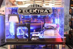 It doesn't get any better than this! See-through espresso making machine with lots of LED lights from Elektra. Espresso Coffee Machine, Making Machine, Hot Coffee, Jukebox, Lights, London, Led, Espresso Maker, Lighting