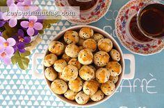 çörekotlu mini kurabiye Tarifi Nasıl Yapılır? Kevserin Mutfağından Resimli çörekotlu mini kurabiye tarifinin püf noktaları, ayrıntılı anlatımı, en kolay ve pratik yapılışı.