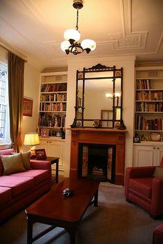 classic cali bungalow interior - splendid mirror