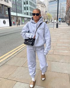Pretty Outfits, Fall Outfits, Summer Outfits, Winter Fits, College Outfits, Fashion Lookbook, Style Icons, Winter Fashion, Normcore