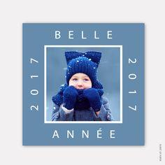 Carte de voeux nouvelle année carrée PHOTO NATURE. Jolie carte de voeux dans les tons bleus. #newyear #nouvelleannée #nouvelan #happynewyear #bonneannée #meilleursvoeux #family #adorable #cute #bleu #blue #white #blanc #photo #cartedevoeux #cartedevoeuxoriginale #cartedevoeuxcréative #cartedevoeuxtraditionnelle #cartedevoeuxadorable #joliecartedevoeux #cartedevoeuxtendance #cartedevoeuxépurée #cartedevoeuxlille #cartedevoeuxmoderne #cartedevoeuxfrance #eventofpaper