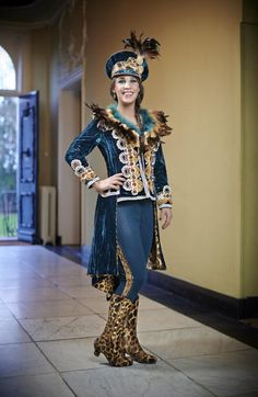 Prinsen kostuums Mardi Gras Parade, Conceptual Fashion, Masquerade Ball, Costume Makeup, Looks Style, Cosplay, Costumes, Fashion Outfits, Makeup Style