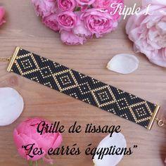 La grille est envoyée au format pdf par mail. Elle est à imprimer sur une feuille A4. Cette grille est destinée à être utilisée avec un métier à tisser et des perles (idéalement des perles Miyuki Delicas 11/0). Les dimensions du tissage final sont 2,5 cm x 14,8 cm. Les références des couleurs utilisées sur la photo sont indiquées dans le document pdf. Retrouvez-moi sur Facebook : https://www.facebook.com/triplelbijoux et Instagram : https://www.instagram.com/triple_l_de_mag
