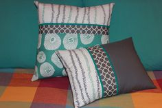 Pair of pillows by Shiners view, via Flickr