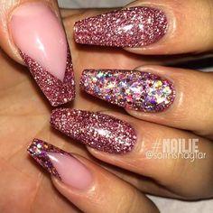 ✨ @solinsnaglar _____________________________________________ #nails #nail #beauty #pretty #girl #girls #stylish #sparkles #styles #gliter #nailart #art #opi #essie #unhas #preto #branco #rosa #love #shiny #polish #nailpolish #nailswag #anastasiabeverlyhills #vegas_nay #wakeupandmakeup #hudabeauty #acrylic #notpolish #instanails