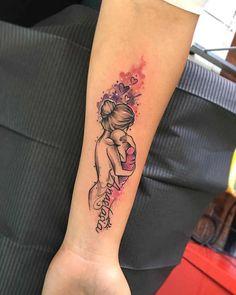 Tatuaggi per la Mamma: Significato, 60 immagini a cui ispirarsi, Significato e Idee