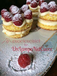 cuocicucidici: RASPBERRY MINI CAKES per UnLampoNelCuore