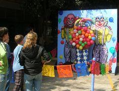 Juegos de destreza  #diadelnino #angrybirds #juegosdedestreza #juegosinteractivos #juegosentijuana #juegosensandiego #kermese #purim #diversion Angry Birds, Board Games, Boy's Day, Party